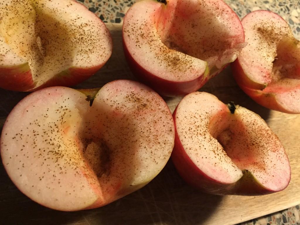 Hurtig æblekagedessert