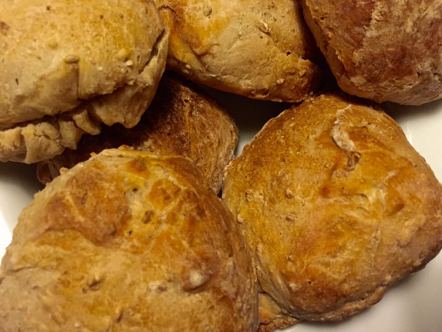 Lækre sprøde og saftige boller – Projekt bagværk
