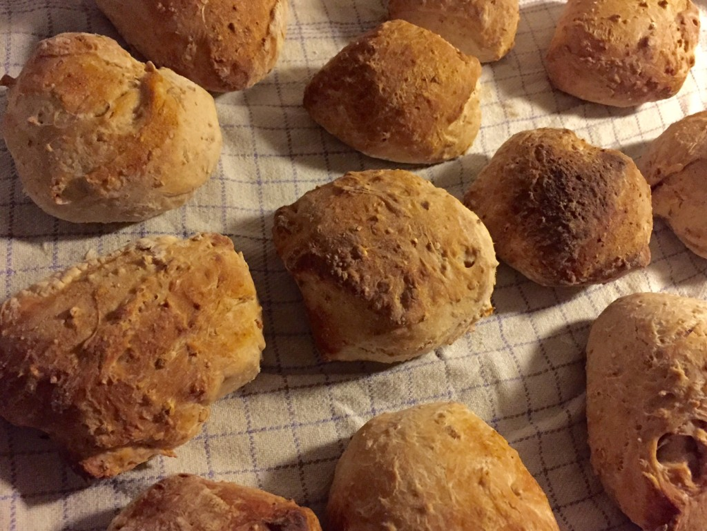 Lækre sprøde og saftige boller - Projekt bagværk