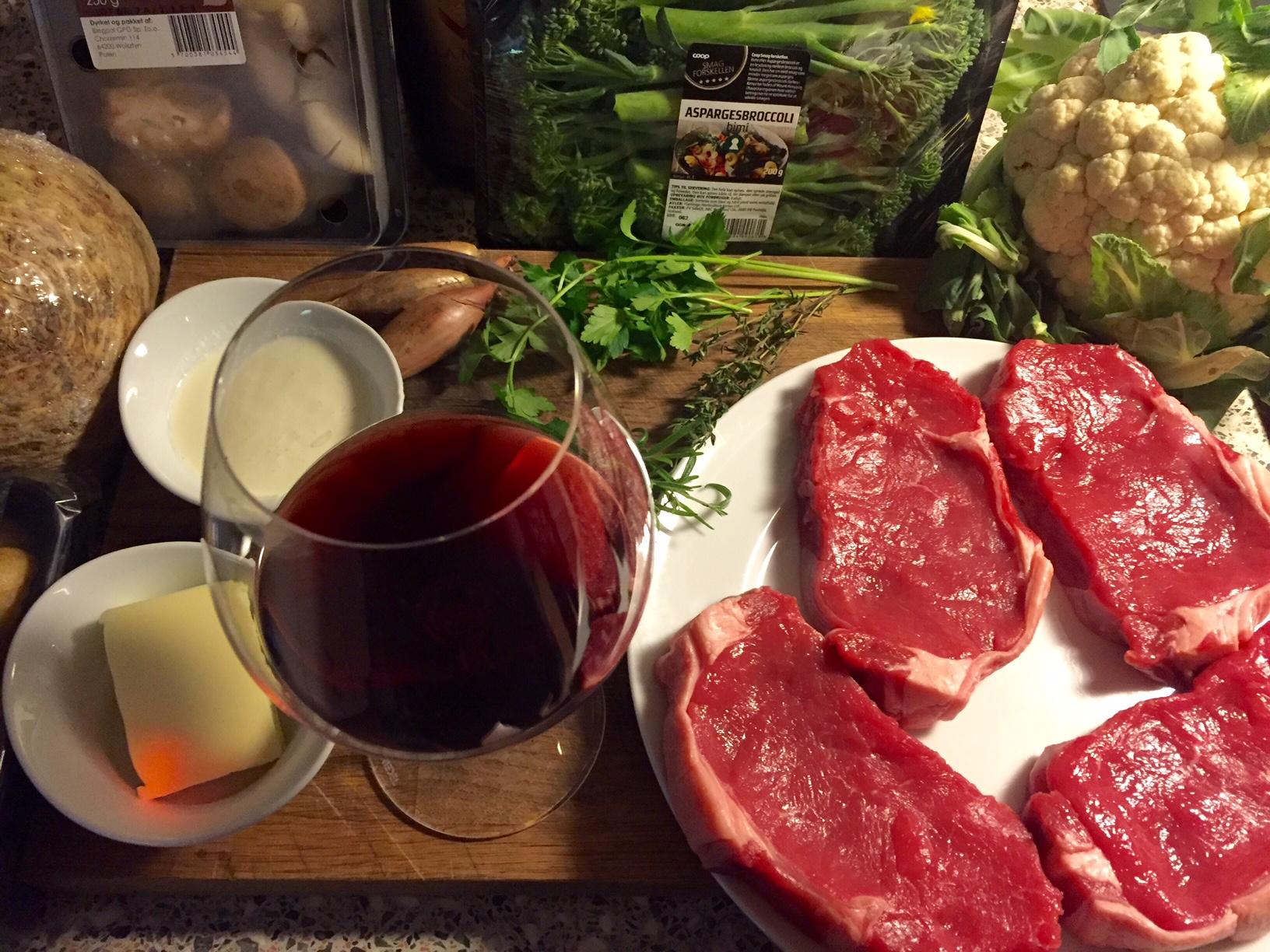 Fredagsbøf med sauce bourguignonne