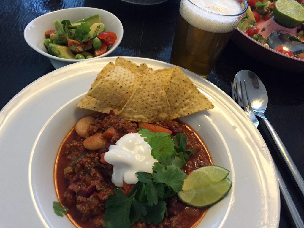 Chili con carne med frisk tomatsalsa