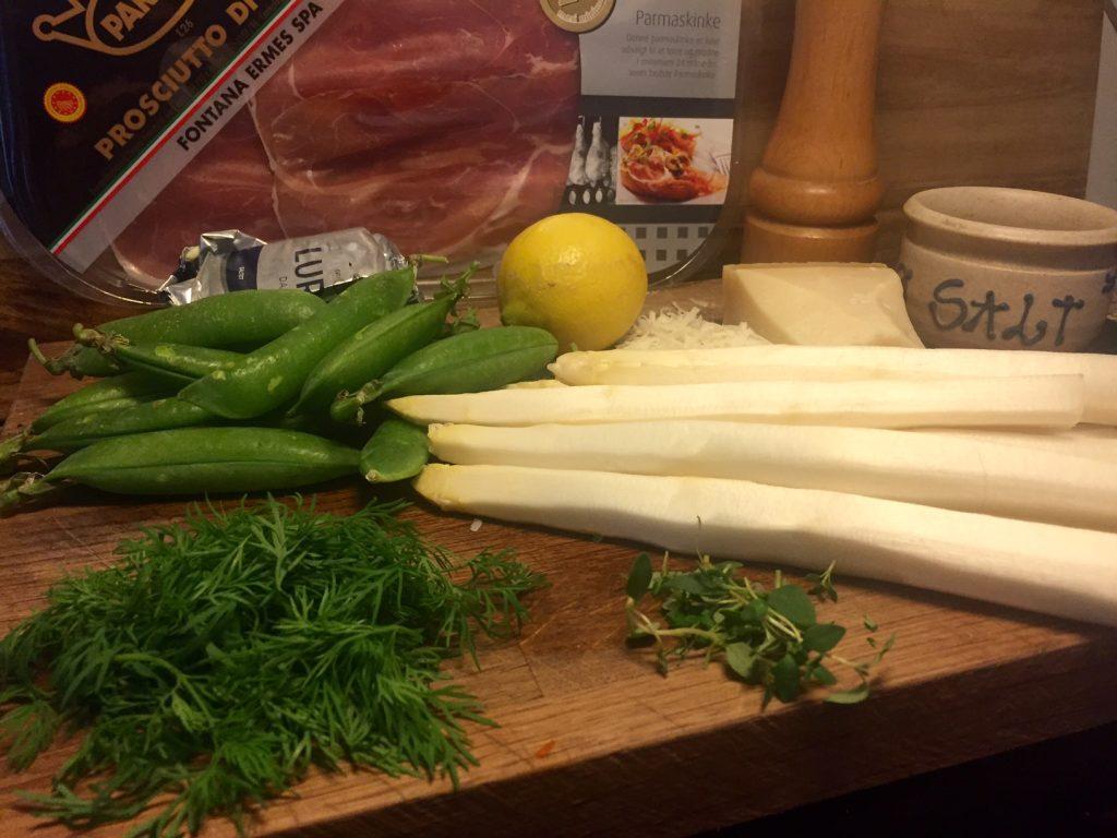 Grillede hvide asparges som tilbehør eller delikat forret