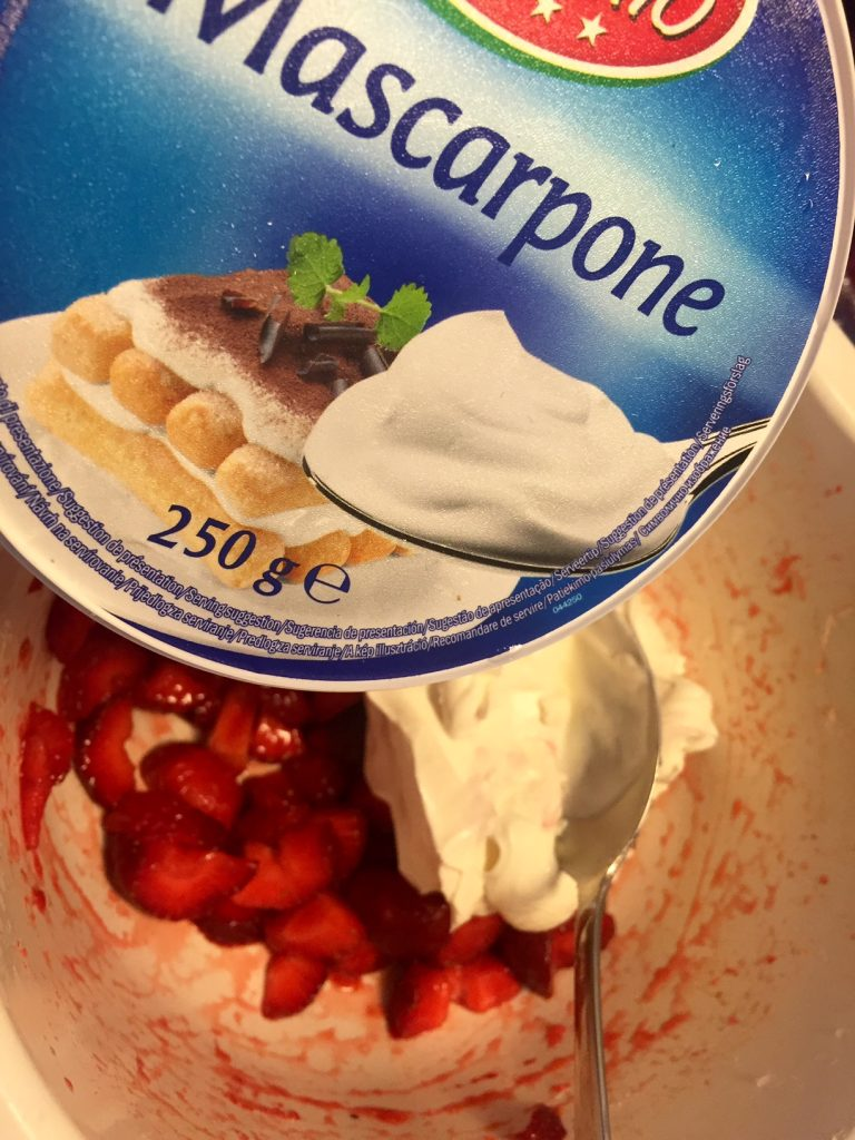 Nem og lækker snyde jordbærsoftice